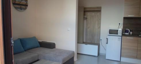 Апартамента е от редкия тип варианти при които в неголяма площ правилное разчертанвсеки сантиметър и е постигнат ефекта на...